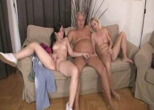 Family members have a perverted incest 3some